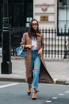Day 4 | Street Style at London Fashion Week Fall 2018 | POPSUGAR Fashion Photo 42