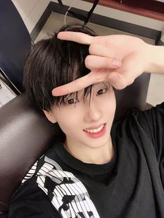 """""""Czennies~ we wrapped up the performance well! As expected, no one can beat Czennies' passion kkk now I'm happy heheh I want to come again. next time I'd like to come back to play also 💚""""-Jisung ; Winwin, Jaehyun, Nct 127, Selca, Ntc Dream, Park Jisung Nct, Andy Park, Johnny Seo, Park Ji Sung"""
