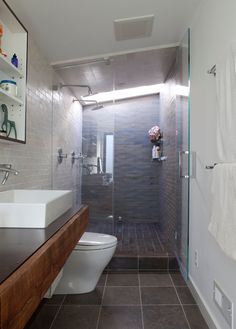 Want to find a way to renovate my small master bath, but it's so narrow...hmmm