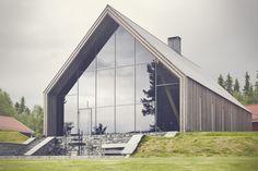 Hunter's Hall / Bergersen Arkitekter. Love the shell