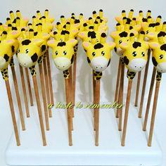 Giraffe cake pops