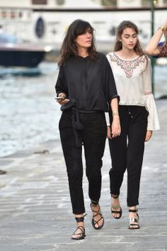 Emanuelle Alt and her daughter