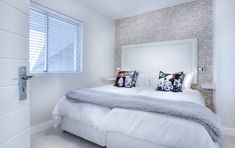 Two Bedroom Apartment Rentals - apartmentsmidtown. Two Bedroom Apartment Rentals - apartmentsmidto Modern Minimalist Bedroom, Modern Bedroom, Bedroom Simple, Bedroom Rustic, Industrial Bedroom, Minimalist Living, Minimalist Decor, Diy Apartment Decor, Home Decor Bedroom