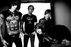 Who remembers Metro Station??(: miss these guys!(: ^ GURL WTF you talking bout they still have music