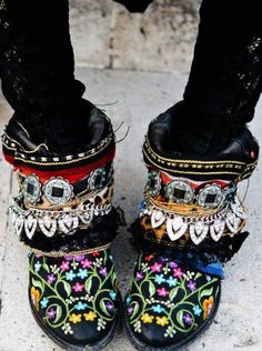 flowers, buckles & chains #obsession