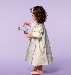 M6687 | Girls/Girls' Dresses and Pinafores | Girls/Boys | McCall's Patterns