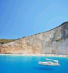 Sailing at Porto Katsiki beach, Lefkada island ~ Greece Floating Boat, Famous Beaches, Sailing Trips, Holiday Places, Greece Travel, Greek Islands, Beautiful Places, Amazing Places, Travel Inspiration