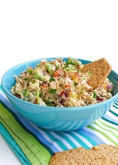 Sałatka z tuńczykiem awokado i migdałami Fried Rice, Guacamole, Fries, Food And Drink, Baking, Ethnic Recipes, Blog, Diet, Salad