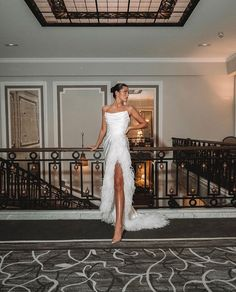 Image about fashion in classy by Jazz on We Heart It Event Dresses, Prom Dresses, Formal Dresses, Wedding Dresses, Runway Fashion, Fashion Beauty, Fashion Outfits, Dream Dress, Pretty Dresses