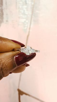 Low key 0.75 carat oval diamond 💍💖     #diamondloveaffair  #diamonds #love #ovaldiamond #engagement #engagementring #jewelrygram #rings #ringsofinstagram #wedding #engaged #jewellerydesign #bespoke #handmadeinlondon #ethicallysourced #thelmawestdiamonds