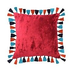 "Blissliving Home Madero Macarena Decorative Pillow, 18"" x 18"""