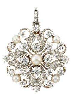 Antique Platinum, Gold, Diamond and Button Pearl Pendant-Brooch, Tiffany & Co. signed Tiffany & Co., circa 1905