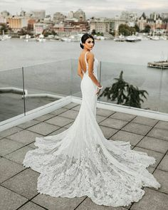 Tag A BRIDE-TO-BE WHO CAN ROCK THIS AMAZING GOWN! #weddinggown #whitegown