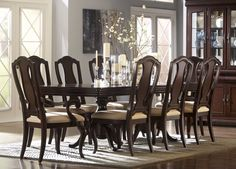 "Dining Room Table & Chairs Haverty's ""Orleans"""