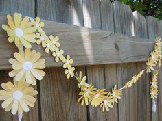 daisy paper chain