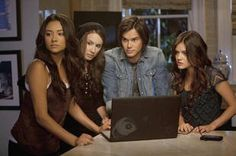 """""""We're Not Your Winged Monkeys!"""" Quotes From PLL Season 2, Episode 15"""