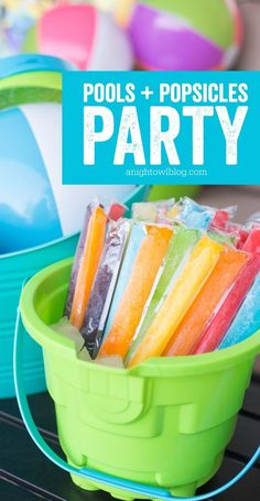 Perfect for summer - throw a fun and easy Pools and Popsicles Party! MichaelsMakers A Night Owl