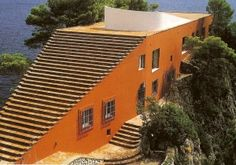 Villa Malaparte, Capri 1938. Gorgeous setting, brilliant architecture.