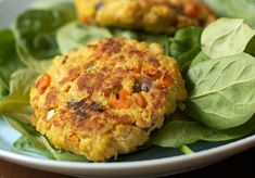 The Benefits of Cooking with Canned Fish (Recipe: Salmon Croquettes) | Simple Bites 1 celery rib, diced 1 medium carrot, diced 1/2 onion, diced 12 ounces cooked salmon 2 eggs, beaten 1 teaspoon curry powder 1/2 teaspoon turmeric 1/4 teaspoon salt ¼ to ½ cup breadcrumbs Can Salmon, Salmon And Rice, Cooking Broccoli, Cooking Salmon, Salmon Croquettes, Croquettes Recipe, Cooking A Roast, Healthy Cooking, Focus Foods