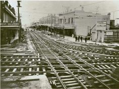 Tram tracks looking down Willoughby Rd at Crows Nest Junction State Library of NSW. Australian Architecture, Historical Architecture, Old Pictures, Old Photos, The Rocks Sydney, Train Tunnel, Crow's Nest, Train Tracks, South Wales