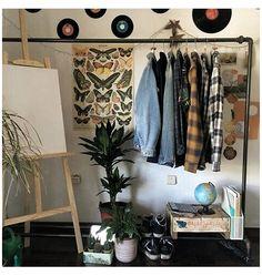 Retro Room, Vintage Room, Bedroom Vintage, 1920s Bedroom, Decor Vintage, Winter Bedroom, Cozy Bedroom, Queen Bedroom, Indie Room