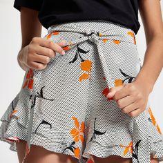 White spot frill hem tie waist shorts - Casual Shorts - Shorts - women