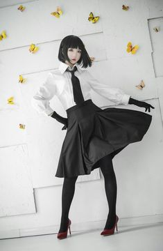 Yosano Akiko (Bungo Stray Dogs): - COSPLAY IS BAEEE! Tap the pin now to grab yourself some BAE Cosplay leggings and shirts! From super hero fitness leggings, super hero fitness shirts, and so much more that wil make you say YASSS! Style Lolita, Mode Lolita, Gothic Lolita Fashion, K Fashion, Fashion Outfits, Mode Kawaii, Mode Alternative, Pose Reference Photo, Drawing Reference