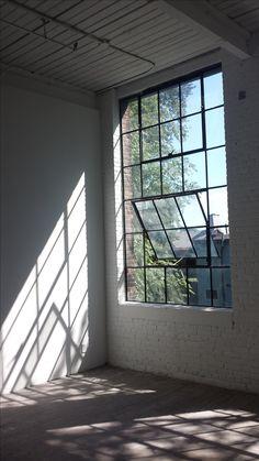 Warehouse Living, Warehouse Home, Loft Design, House Design, Loft Lighting, Loft Studio, Apartment Goals, Architecture Old, House Rooms