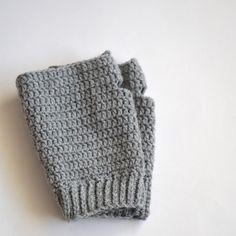 Gratis haakpatroon polswarmers / Free crochet pattern fingerless mittens