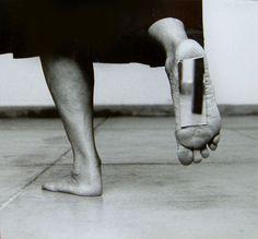 Helena Almeida, Dentro de mim (Inside me), 2000