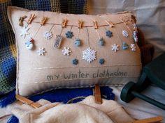 Mi almohada de invierno tendedero estilo casa de por PillowCottage
