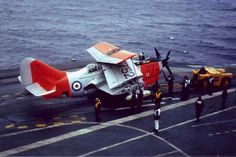 on board HMS Ark Royal to commemorate the last aircraft landing of a Gannet. Photo : Courtesy of David Hobbs 1978 David Hobbs, Hms Ark Royal, Military Jets, Vintage Pictures, Airplane, Landing, Aircraft, Arm, Plane