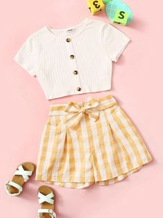 Girls Button Up Ribbed Tee & Belted Gingham Shorts Set Check out this Girls Button Up Ribbed Tee & Belted Gingham Shorts Set on Shein and explore more to meet your fashion needs! Cute Teen Outfits, Teenage Girl Outfits, Cute Comfy Outfits, Girls Fashion Clothes, Kids Outfits Girls, Teen Fashion Outfits, Pretty Outfits, Teen Girl Clothes, Teens Clothes