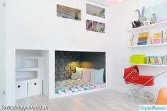 A DIY guru with lots of white and color in her interiors.