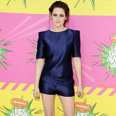 Fashion designer #OsmanYousefzada found himself another star fan in the form of Vogue cover girl #KristenStewart this weekend.