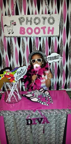 Zebra photo booth Diva Birthday Parties, Zebra Birthday, Vendor Booth, Party Ideas, Gift Ideas, Booth Ideas, Party Gifts, Photo Booth, Party Planning