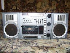 Entertainment, Electronics, Comfort Zone, Truck, Consumer Electronics, Entertaining