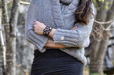 http://pienilintu.blogspot.fi/2013/10/easy-knitted-cardigan-diy.html