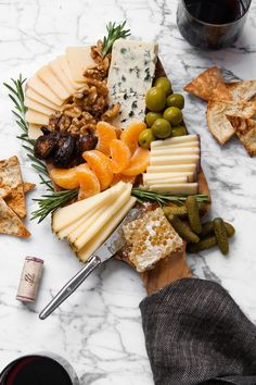 Winter Cheese Board The only cheese board you will need to get you through the cold-weather season. Filled with bold, smooth cheeses, dried fruit, honeycomb, and more. This is your game-plan to get you through this chilly season. Charcuterie And Cheese Board, Charcuterie Platter, Cheese Boards, Cheese Board Display, Appetizers For Party, Appetizer Recipes, Cheese Appetizers, Appetizer Ideas, Party Snacks