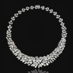Diamond Necklaces : DIAMOND NECKLACE Set at the front with pear- marquise-shaped and brilliant-cut