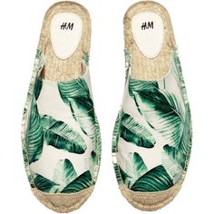 H&M Espadrilles ($6.48) ❤ liked on Polyvore featuring shoes, sandals, flats, espadrilles, sapatos, flat heel sandals, pattern flats, rubber sole sandals, flat shoes and flats sandals