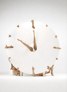 Human Body Photography Art Japanese | Interesting Human Clock – DesignSwan.com