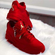 99d2c025ae6 449 best Sport shoes images on Pinterest