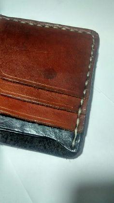 Handstiching Leather bifold wallet