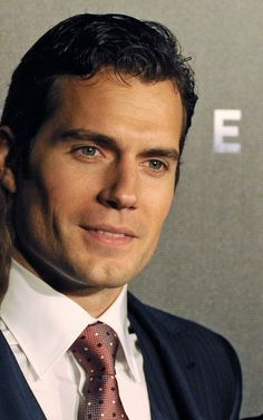 Henry at Sydney premiere of MoS: via themrshenrycavill tumblr page
