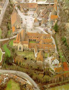 Das Kloster Maulbronn - Weltkulturerbe - Bei einer Besichtigung kam mir die Idee zu Lili Brown.