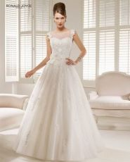 All goergous lace wedding dress please post. : wedding dress fit and flare lace mermaid sweetheart neckline trumpet wedding wedding dress 66041 4894 Wedding Dress 2013, Wedding Dress Organza, Bridal Wedding Dresses, Dream Wedding Dresses, Designer Wedding Dresses, Prom Dresses, Tulle Wedding, Dresses 2013, Wedding White
