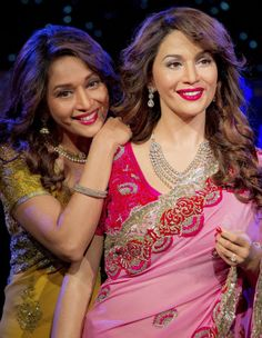 TWITTER DIARY - Madhuri with her wax statue | Bollywood | Slide 3 | www.indiatimes.com | Page 3
