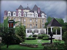 Crescent Hotel and Spa in Eureka Springs Arkansas .... haunted place I want to visit