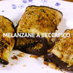 BECCAFICO EGGPLANTS are an appetizer that derives from a reinterpretation of a great recipe from the Sicilian tradition: beccafico sardines. Grilled aubergines wrap the raisins, pine nuts, breadcrumbs Vegetable Recipes, Vegetarian Recipes, Cooking Recipes, Healthy Recipes, Healthy Food, Fried Zucchini Recipes, Chicken Recipes, Antipasto, Sicilian Recipes